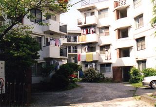 apartment001.jpg
